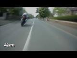 мотогонки ТТ на острове Мэн, самые быстрые и опасные гонки в мире.